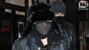 splash_t_Madonna-mask-070110